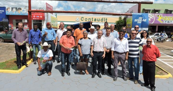 Sebrae, Prefeitura e Associação Nova Conquista inauguram primeiro ECOPONTO em Juína