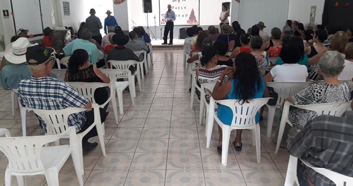 Idosos são homenageados em festa de encerramento das atividades do Centro de Convivência Vó Paixão