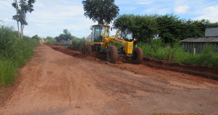 Maquinário adquirido pela Prefeitura de Juína já esta trabalhando na recuperação de estradas