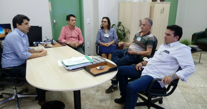 Prefeitos se reúnem com diretor do Dnit para discutir sobre pavimentação da BR 174 trecho Castanheira a Colniza