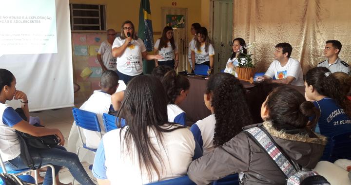 Prefeitura, Ministério Público e Policia Militar promovem palestra de combate à exploração sexual de crianças e adolescentes