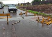 Mesmo com conscientização, depredação de placas de trânsito é grande em Juína
